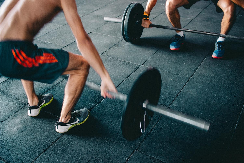筋トレダイエットして体重が減らないことに焦らない